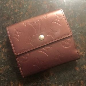 Authentic LOUIS VUITTON Vernis Bifold Wallet